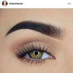 Ideas eye makeup natural look maquiagem Light Eye Makeup, Natural Eye Makeup, Natural Eyes, Eye Makeup Tips, Makeup Inspo, Eyeshadow Makeup, Makeup Ideas, Natural School Makeup, Light Makeup Looks