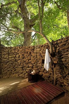 Shower in the open.
