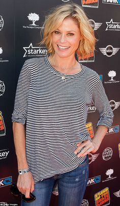 Makeup free Julie Bowen shows off her slim pins in skinny jeans #dailymail