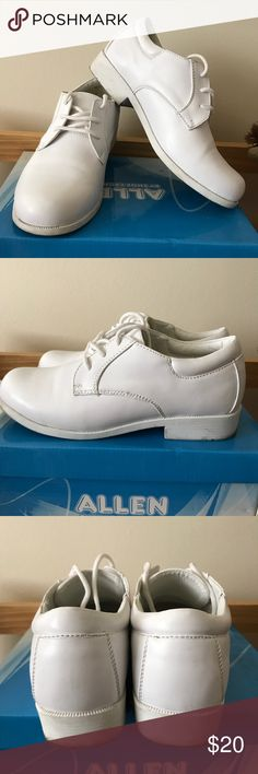 White shoes size 3 One time used for my son first communion. In excellent condition. No trades or Pp thanks Shoes Dress Shoes