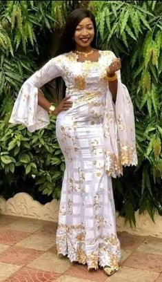 African Lace Dresses, African Wedding Dress, African Fashion Dresses, African Attire, African Wear, African Women, African Inspired Clothing, African Traditional Wedding, Kaftan Style