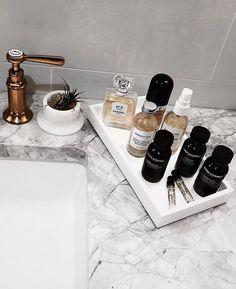 24 Accessories For A Minimalist Bathroom Theme