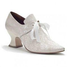 Tudor shoes