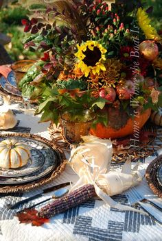 Harvest Tablescape | Bring the bounty of your garden to your outdoor table. Includes harvest-inspired dishes, chargers, napkins and goblets. #airmiles #HomeDecor