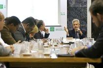Governador apresenta situação financeira do DF a lideranças sindicais - http://noticiasembrasilia.com.br/noticias-distrito-federal-cidade-brasilia/2015/07/08/governador-apresenta-situacao-financeira-do-df-a-liderancas-sindicais/