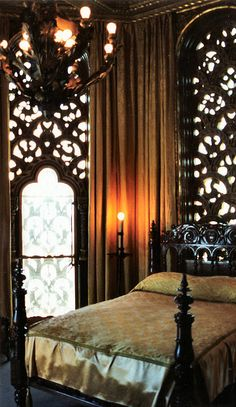Hearst Castle bedroom by mbell1975, via Flickr