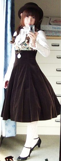 Classic Lolita - Chocolatte jumperskirt and Emmanuel Blouse by Mary Magdalene