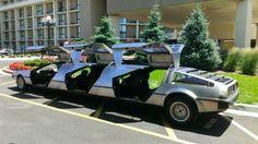 Viaja a través del tiempo con clase, en una Limusina DeLorean http://www.syfyfantasy.com/2014/06/viaja-traves-del-tiempo-con-clase-en.html#more