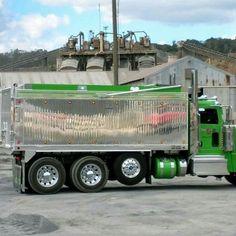 Peterbilt Dump Trucks, Peterbilt 389, Tow Truck, Lifted Trucks, Big Trucks, Heavy Construction Equipment, Logging Equipment, Heavy Duty Trucks, Custom Trucks