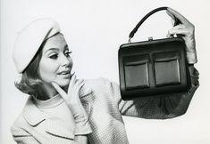 Laukkumuotia 1960-luvulta | Aikakone #käsilaukut #muoti #1960luku Vintage Boutique, Retro Fashion, Vintage Outfits, Fashion Outfits, Shopping, Fashion Sets, Vintage Fashion, Fashionable Outfits