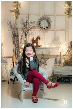 Vintage White Christmas photography ideas from Happy Thoughts Studio