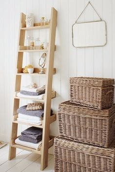 How to store bath towels.