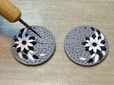 Flower decorated earrings from Kopilka