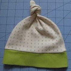 baby knot hat pattern and tutorial~ I LOVED using these on the boys when they were babies