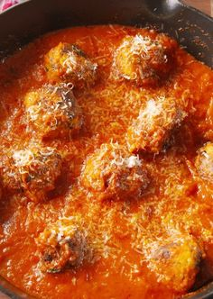 "Zucchini ""Meatballs"" You won't miss the meat in these vegetarian ""meatballs."" Get the recipe from Delish. Low Calorie Dinners, Low Carb Dinner Recipes, Low Calorie Recipes, Healthy Comfort Food, Healthy Cooking, Cooking Recipes, Healthy Meals, Healthy Food, Healthy Living"