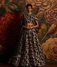 #Sabyasachi #BlackAariLehenga #OldWorldGlamour #Jewellery by @kishandasjewellery #KishandasForSabyasachi #TheWorldOfSabyasachi