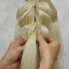 Don't you want to learn different braiding styles? We have compiled these hair tutorials for you! Messy Bun Hairstyles, Bride Hairstyles, Long Hair Dos, Hair Tutorials, Hair Videos, Hair Designs, Hair Hacks, Hair Inspiration, Marie