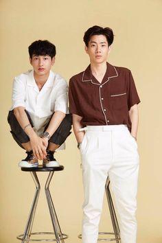 Okay i'm not fine Dramas, Theory Of Love, Bad Romance, Cute Gay Couples, Body Poses, Thai Drama, Cute Actors, Secret Love, Asian Actors
