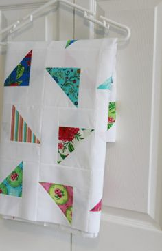 scattered | notes of sincerity (cluck cluck sew: Modern Quilts from the Blogging Universe)