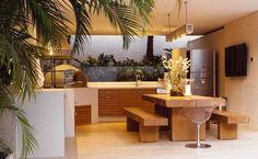 Varanda Gourmet e Quintal! Outdoor Rooms, Outdoor Living, Outdoor Furniture Sets, Outdoor Decor, Patio Grill, Backyard Patio, Parrilla Exterior, Sweet Home, Summer Kitchen