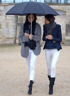 白パンツ×グレー色ショートコートのコーデ【冬】(レディース)海外スナップ | MILANDA