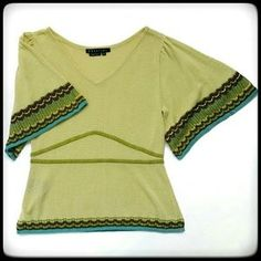 Vintage light green spring / summer sweater. Price: $20 Size: M