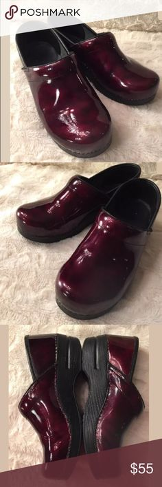 Dansko Burgundy Professional Clog Wine 39 Dansko Women 39 Burgundy Wine Marbled Patent Leather Professional Clog, the DANSKO website says a 39 could fit a 8.5-9, Poshmark pre fills a 39 to a 9. Please be aware of this before purchasing. Dansko Shoes Mules & Clogs