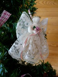 Diy Christmas Angel Ornaments, Christmas Angels, Christmas Tree Decorations, Christmas Crafts, Christmas Ideas, Xmas, Holiday Decor, Victorian Crafts, Victorian Angels