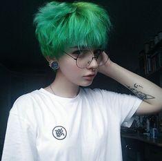 17 Rambut Emo Ideas Rambut Ungu Auburn Hair Kecantikan Rambut