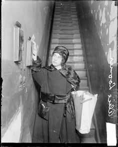 In 1918, the Man-Power Bill enabled soldiers' wives to take the Civil Service Exam and enter the Post Office. At the end of the war, most of the newly-hired women resigned as veterans returned to pick up where they left off as carriers. (Picture of a non-uniformed mail carrier)