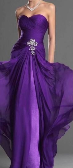 eDressit New Purple Strapless Sweetheart Evening Dress Bridesmaid Dress Prom Gown love this color. not crazy about the dress itself Purple Love, Mode Purple, All Things Purple, Shades Of Purple, Purple Stuff, Purple Rain, Deep Purple, Purple Party Dress, Evening Dresses