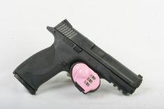 Belgian Jihadi Attack on Police Women: Pistol Beats Machete