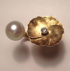 Papaver Ring Gold, diamond, Southsea Pearl