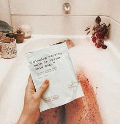 would like to try a coffee scrub Beauty Care, Beauty Skin, Beauty Hacks, Beauty Tips, Beauty Products, Face Skin, Face And Body, Spa Night, Happy Vibes