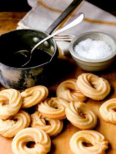 Tarallucci with Salty Caramel : Anne's version of Tarallucci, an Italian biscuit (sometimes called Taralli), is served with a caramel dipping sauce and a warning: