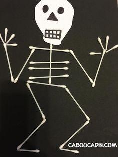 Faire un squelette avec des cotons tiges pour Halloween: http://www.caboucadin.com/activite-halloween/faire-squelette-coton-tige-halloween.php
