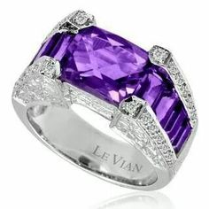 Purple world / Amazing Amethyst and Diamond Engagement Ring Purple Rings, Purple Jewelry, Amethyst Jewelry, I Love Jewelry, Bling Jewelry, Jewelry Accessories, Jewlery, Stone Jewelry, Jewelry Rings