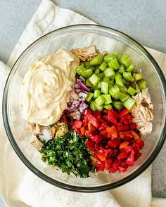 This hearty chicken salad is packed with flavor, crunch, and a little heat. It's the perfect recipe to make in advance for meal prep and a great way to switch things up from the normal chicken chicken salad. Easy Whole 30 Recipes, Paleo Recipes Easy, Real Food Recipes, Free Recipes, Muffin Recipes, Sin Gluten, Gluten Free, Chicken Salad Recipes, Healthy Chicken