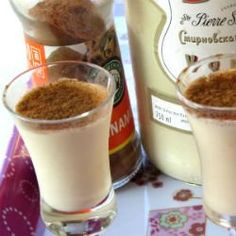 Incredibly delicious, these milk tart shooters are addictive! Drinks Alcohol Recipes, Milk Recipes, Yummy Drinks, Great Recipes, Dessert Recipes, Cooking Recipes, Favorite Recipes, Desserts, Alcoholic Drinks