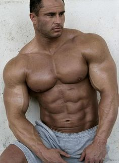 I love big muscles. Athletic Body, Muscle Hunks, Big Muscles, Muscular Men, Big Men, My Guy, Male Body, Mens Fitness, Fitness Abs