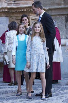 1 April 2018 — Front L-R: Infanta Sofía & Princess Leonor. Back: Queen Letizia & King Felipe   Spanish Royals Attend Easter Mass in Palma de Mallorca, Spain
