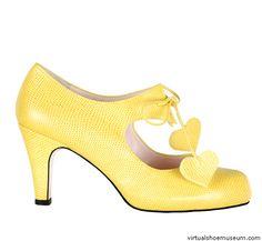 Jodie (Minna Parikka) Cute Fashion, Fashion Shoes, Marimekko, Mellow Yellow, Crazy Shoes, Crazy Cat Lady, Beautiful Shoes, Low Heels, Fancy