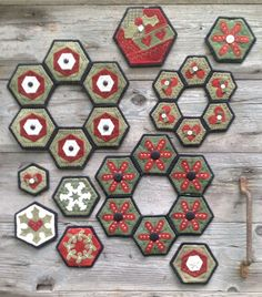 happy hexi holidays - wooden spool designs