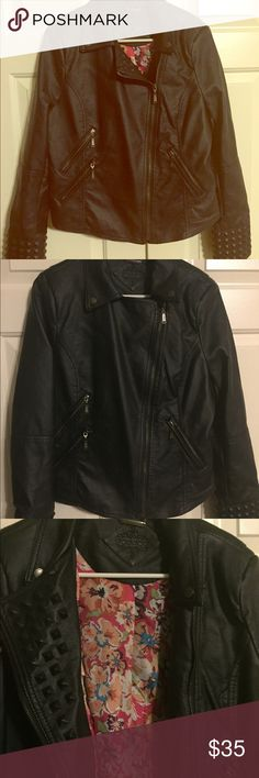 ⭐️Leather jacket with studded cuffs Only worn once! Black XL Faux leather jacket with floral inside back panel and studded sleeves. Three zip pockets on front and snaps near collar so you can close all the way up. No damage, no signs of wear, like brand new. Jackets & Coats Utility Jackets