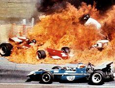 GP da Espanha, Jarama 1970. Jacky Icks (Ferrari) e Jackie Oliver (BRM). Apesar da imagem, apenas ferimentos leves.