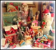 I grew up w/this Golden Egg Vintage xmas set. I still have that book; my kids ♥ it.