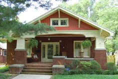 Exterior Paint Colors For Craftsman Bungalow Craftsman Bungalow Exterior, Bungalow Homes, Craftsman Style Homes, Craftsman Bungalows, Craftsman Decor, Style At Home, Cottages And Bungalows, Historic Homes, House Colors
