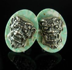 These grotesque Hickok cufflinks are set into green bakelite ( I think). The faces are in silver raised relief. They are well made and very unusual. When you buy these you can really say the devil made me do it. What better way to give a gift than something unique and vintage. Here is something for the men or women that have everything! This would be a great idea because it is Vintage and not something you can buy everyday. OR perhaps just a perfect addition to a collection. They may have a…