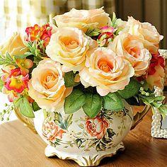 """11""""H Retro Style Rose Arrangement – AUD $ 85.79"""