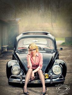 Can't put my finger on what it is exactly when there are so many great pin up shots around, but still I really like this Hot chicks & VW  Just Maybe it is the home town girl look. www.batsbirdsyard.com = bat houses
